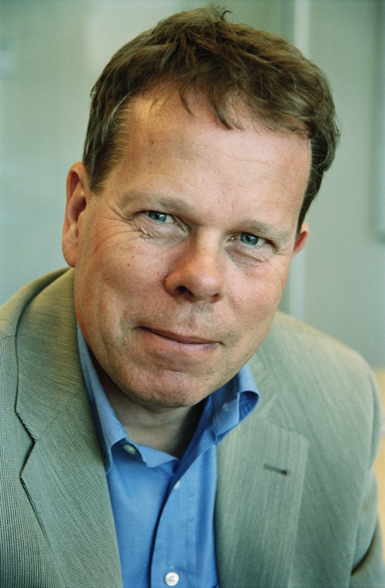 Portrait photo of Professor Mathias Uhlén