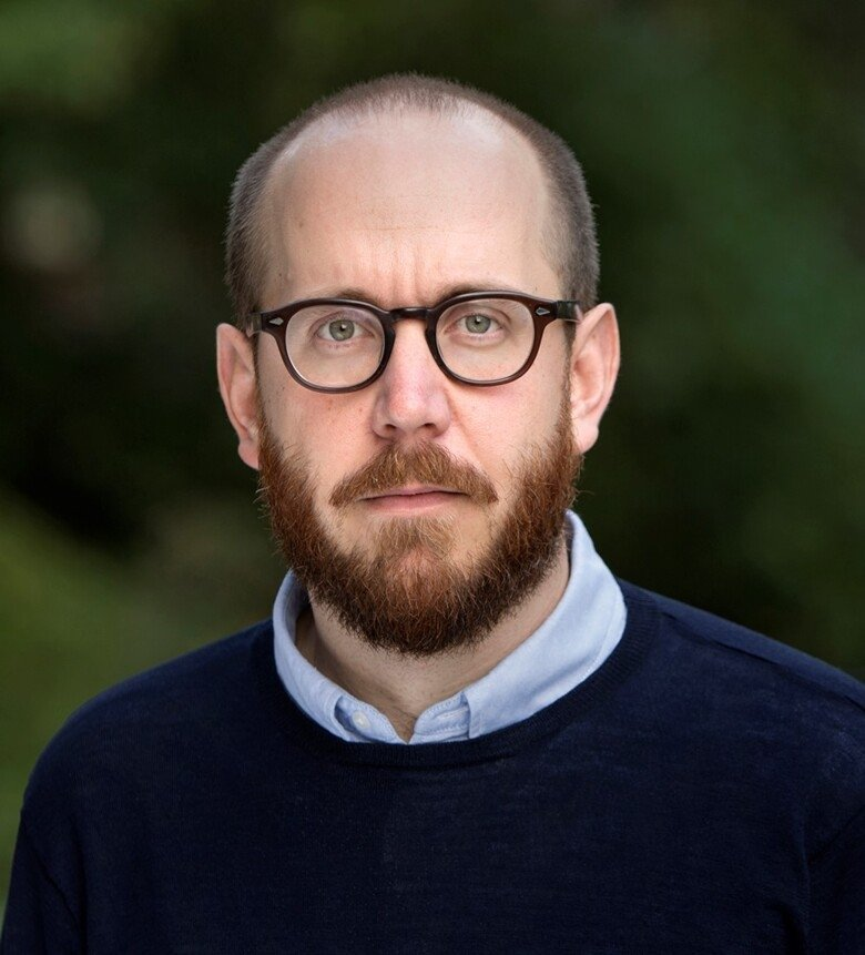 Portrait of Niklas Björkström.