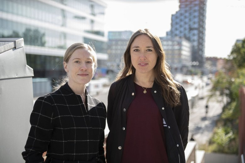 Photo of Alma Sörberg Wallin and Nora Hansson Bittar.