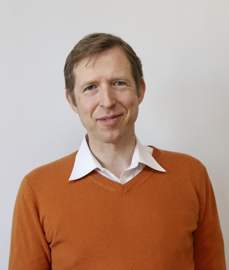 Portrait photo of Mikael Tiger, researcher at the Department of Clinical Neuroscience