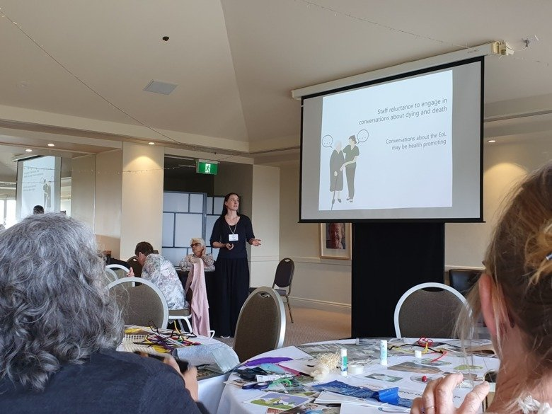 "Therese Johansson facilitating a workshop entitled ""Knowledge exchange, sustainability and innovation: Examples from the DöBra Program"" at the 6th Public Health Palliative Care International Conference."