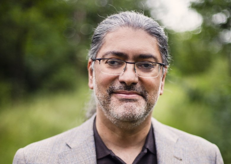 Portrait of professor Ali Mirazimi. Photo: Martin Stenmark.