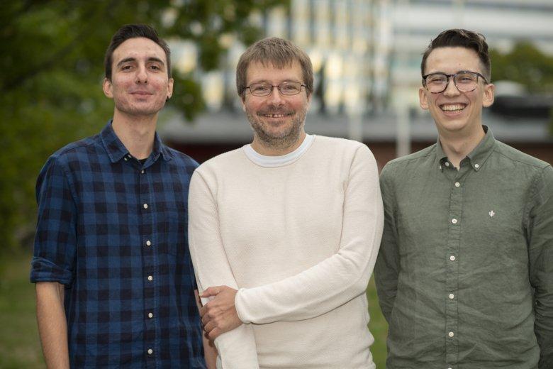 Vassilis Glaros, Taras Kreslavsky and Sebastian Ols at the Department of Medicine, Solna, Karolinska Institutet.